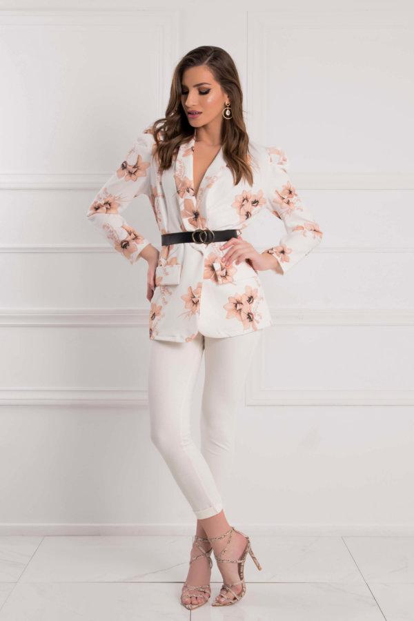 ΝΕΕΣ ΑΦΙΞΕΙΣ Vogue σακάκι λευκό
