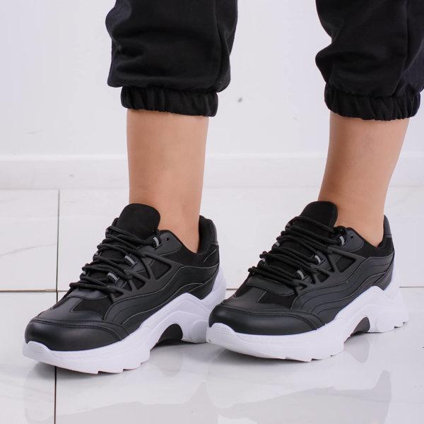 ΑΘΛΗΤΙΚΑ Squeeze sneakers μαύρο