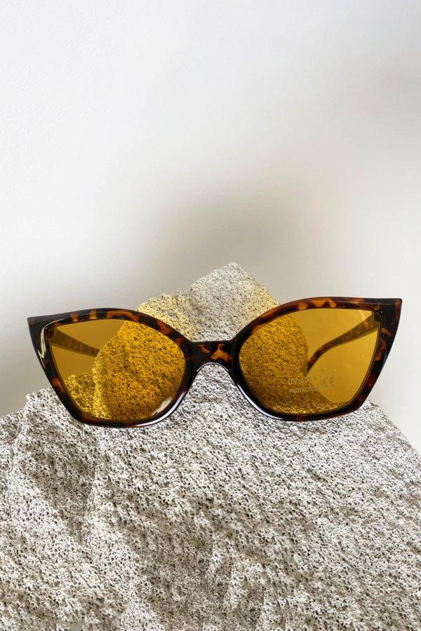 ΑΞΕΣΟΥΑΡ Article γυαλιά ηλίου μαύρο ταρταρούγα σκελετός κίτρινος φακός