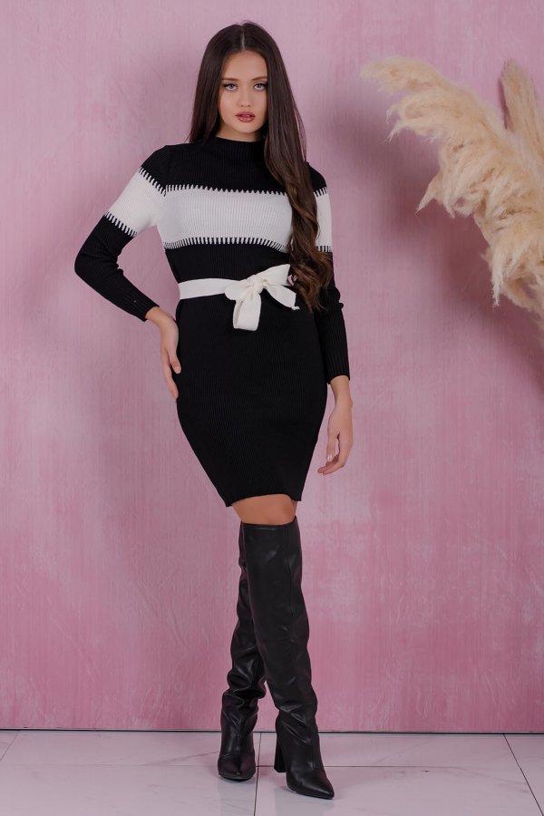 ΜΙΝΤΙ ΦΟΡΕΜΑΤΑ Relieve φόρεμα μαύρο