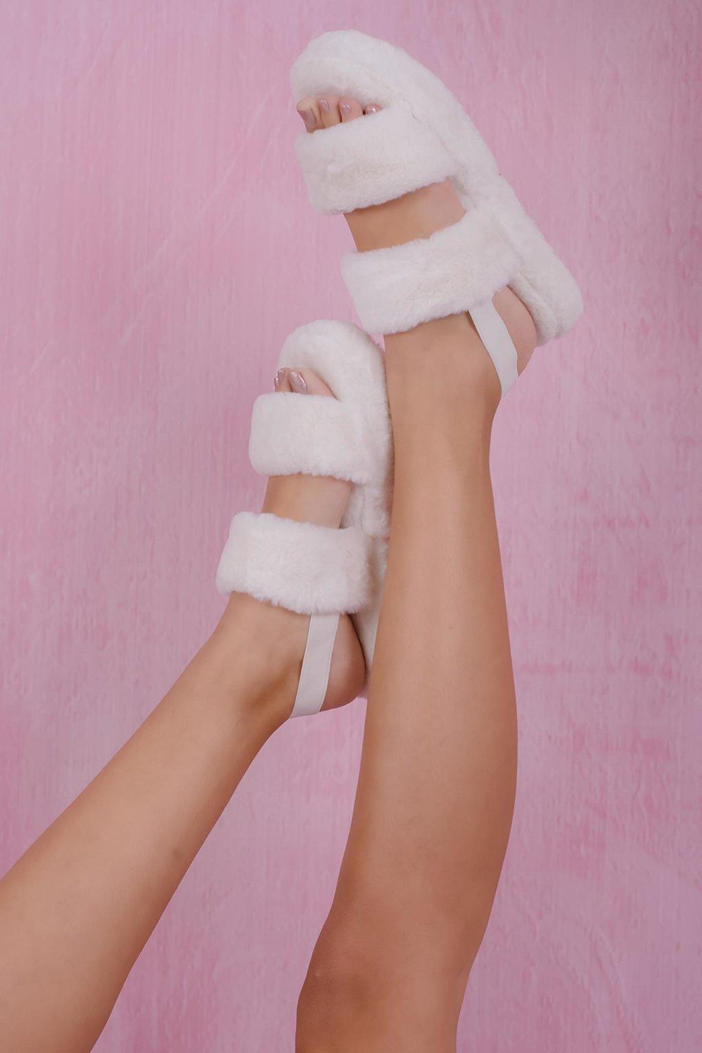 Panda fur slippers λευκό